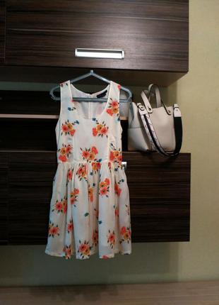Стильное летнее платье topshop