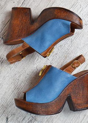 Босоножки кожаные la vita bella турция женские на танкетке сине коричневые