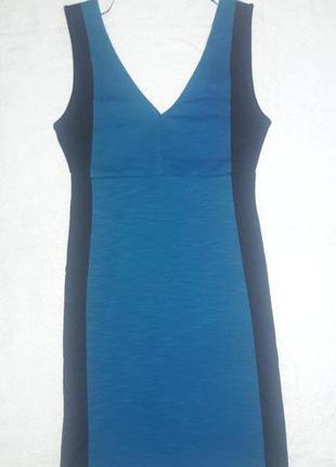 Платье актуального фасона pull&bear
