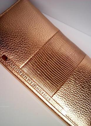 Кошелек женский tommy hilfiger кожаный ,цвет золото.