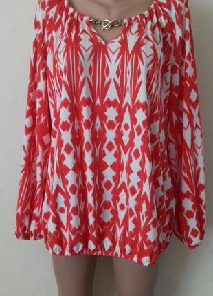 Новая блуза с принтом большого размера