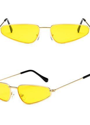 Узкие жёлтые очки в стиле sci-fi (скай фай), матрица