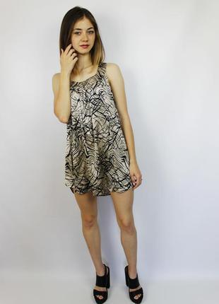 Легкое летнее платье vero moda в абстрактный принт