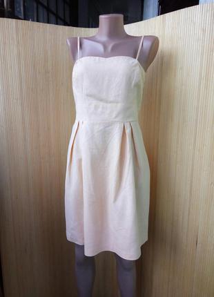 Персиковое льняное платье сарафан на тонких бретелях