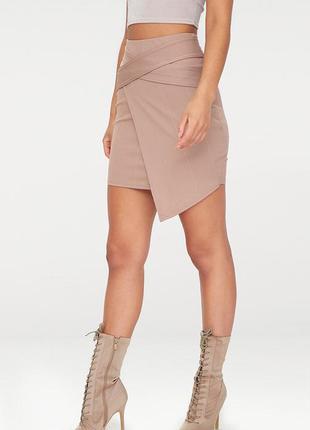 Ассимитричная юбка prettylittlething