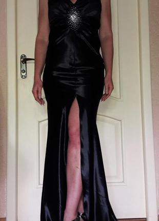 Элегантное вечернее платье чёрное открытая спина,шлейф,разрез s-m