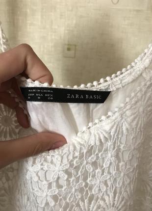 Мереживна біла святкова сукня zara basic