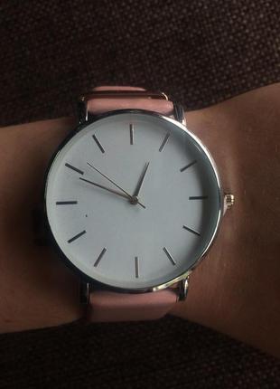 Стильные минималистичные  часы rosefield