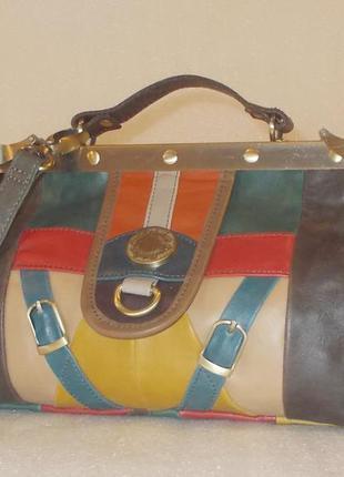 Небольшая сумка crossbody (саквояж) *zara*