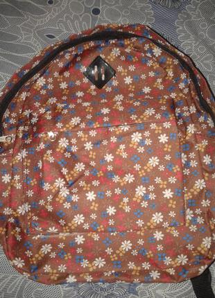 Рюкзак в цветах