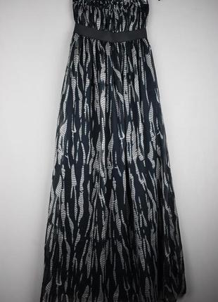 Красивое длинное платье от zebra