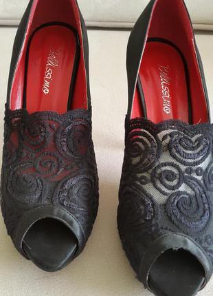 Туфли bellissimо на высоком каблуке.