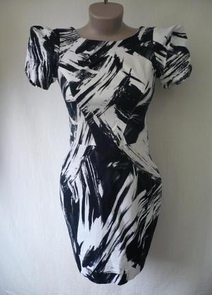 Платье по фигуре,