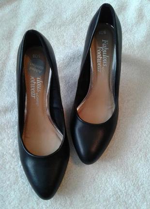 Очень удобные туфли на среднем каблуке