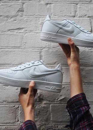 Белые кроссовки 41\42\43\44\45