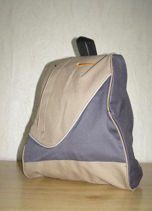 Спортивный рюкзак на одно плече фирмы nike