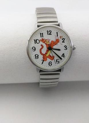 Часы disney, кварц. браслет нержавейка.