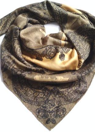 Шелковый платок от christian dior