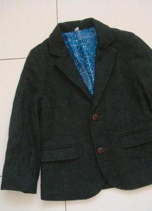 Пиджак 3-4года