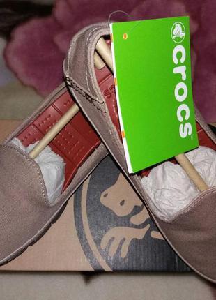 Женские слипоны crocs stretch sole slip-on
