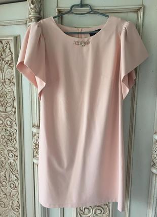 Эффектное платье м-l