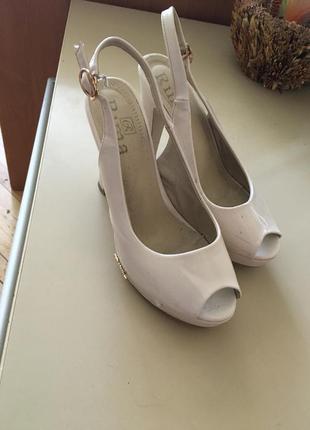 Туфли босоночки бежевые свадебные