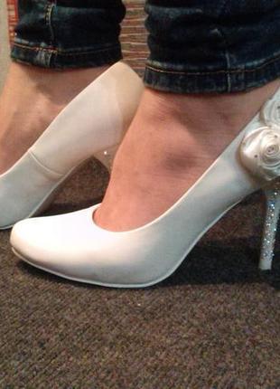 Красивейшие свадебные туфельки для золушки