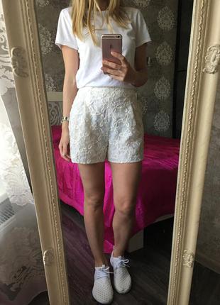 Шорты-юбка высокая талия с вышивкой