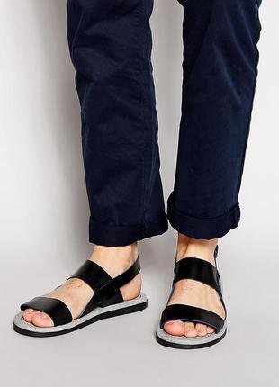 Кожаные сандали английской фирмы ted baker.
