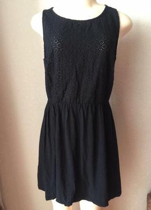 Актуальное чёрное летнее повседневное платье короткое