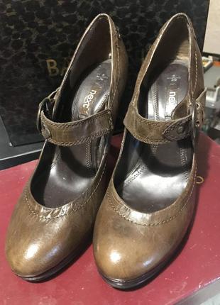 Туфли кожа каблук 25,5
