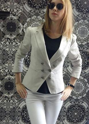 Стильный пиджак-жакет