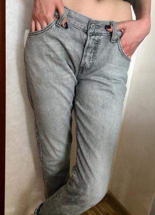 Крутые джинсы levis (оригинал)