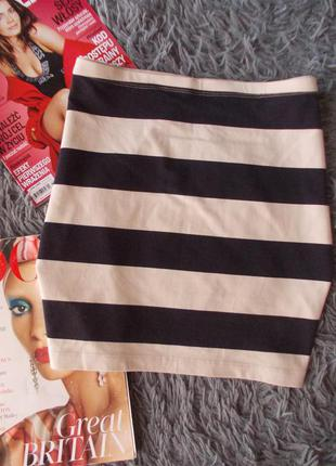 Трикотажная полосатая юбка мини