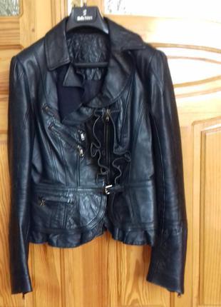 Стильна шкіряна куртка! guarapo (італія)!
