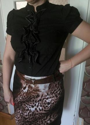 Черная блузка с коротким рукавом жабо dorothy perkins