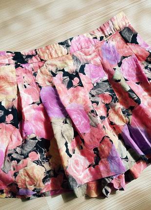 Шорты юбка в цветочный принт topshop