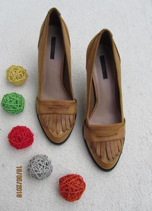 Туфли из нубука на удобном и устойчивом каблуке