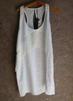 Крутое платье прямого кроя с бахромой2