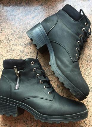 Ботинки на каблуке new look