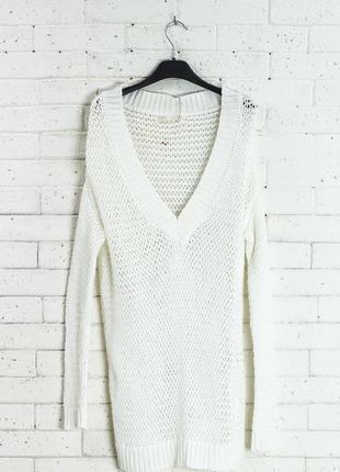 Новый с  биркой легкий джемпер/пуловер от бренда bershka