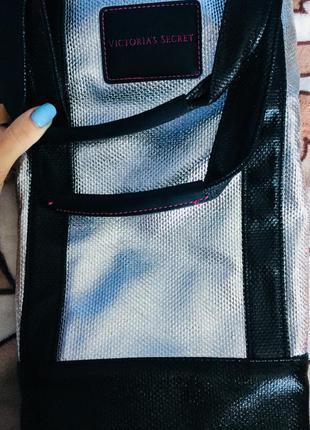 Вместительная сумка шоппер victoria's secret.