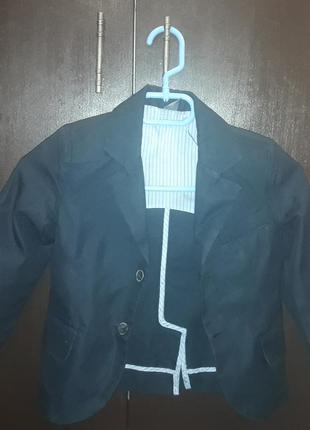 Фирменный пиджак zara на 3-4 года 104 рост