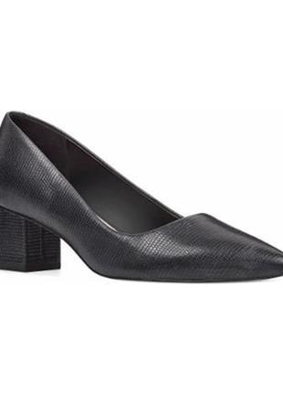 Туфли лодочки кожаные на среднем каблуке nine west