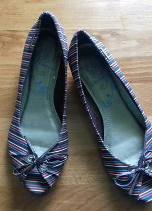Балетки/мокасины/туфли.