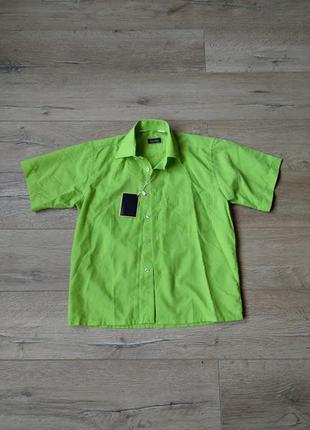 Рубашка-тениска с биркой