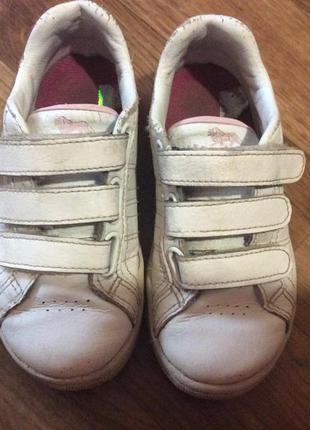 Кожаные кроссовки на девочку lonsdale