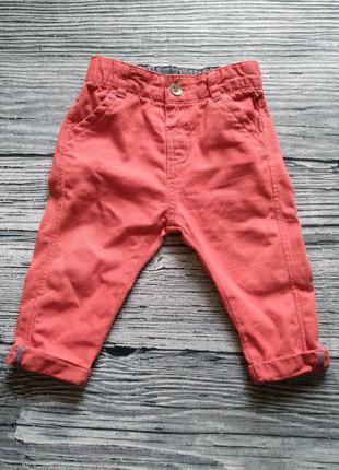 Модные красные джинсы marks&spenser 6-9 мес