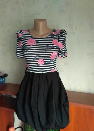 Оригинальное платье в полоску для девочки 12-13 лет