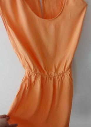 Летнее персиковое платье united colors of benetton